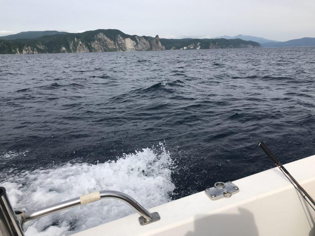 A船長の新艇で余市沖でヒラメを釣る!(はずが・・・)